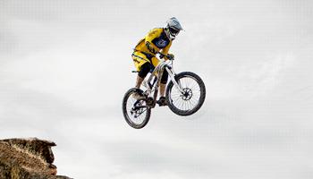 SPORTS DE ROUES ET ROULETTES : BMX, VTT, roller…